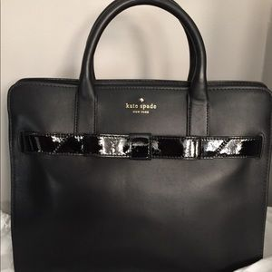 Beautiful black Kate Spade leather handbag w bow